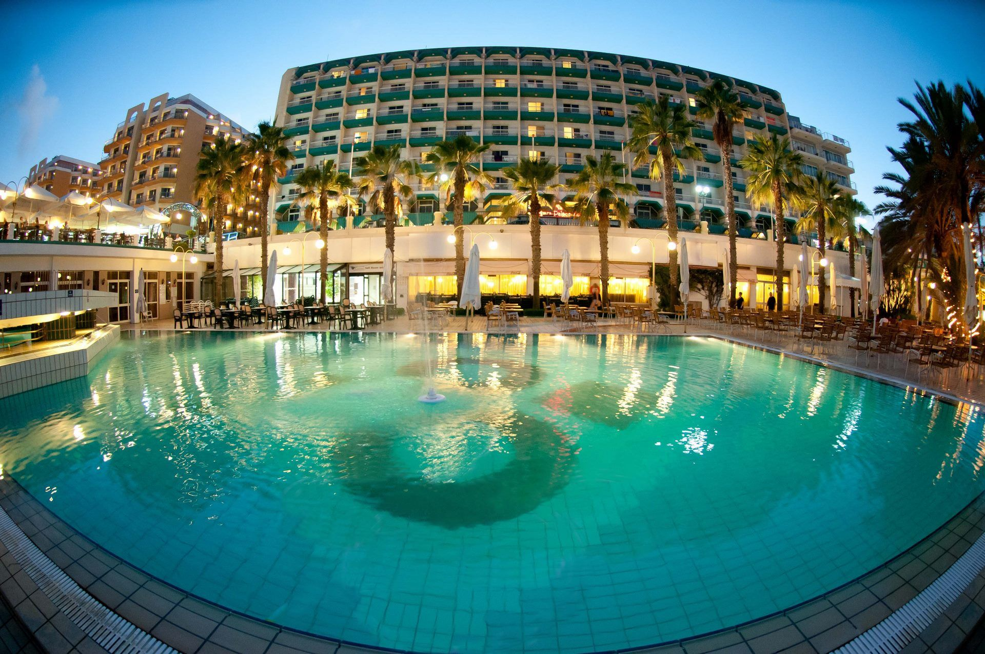 QAWRA PALACE HOTEL - 4 *(nl)